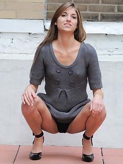 Tease Upskirt Pictures
